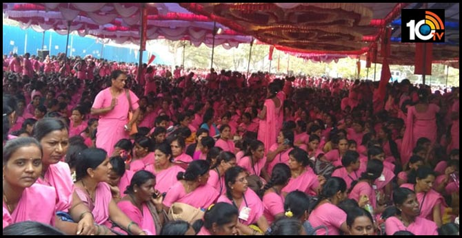 Massive protest rally took out by Asha workers Pink Sarees