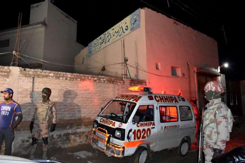 Pakistan mosque blast kills senior police officer, 8 others