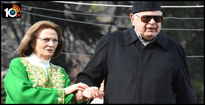 """""""I Am Free"""": Farooq Abdullah Released From 7-Month Detention"""