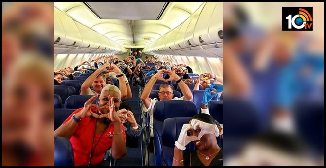 Netizens shower love to health care workers flying to help NY