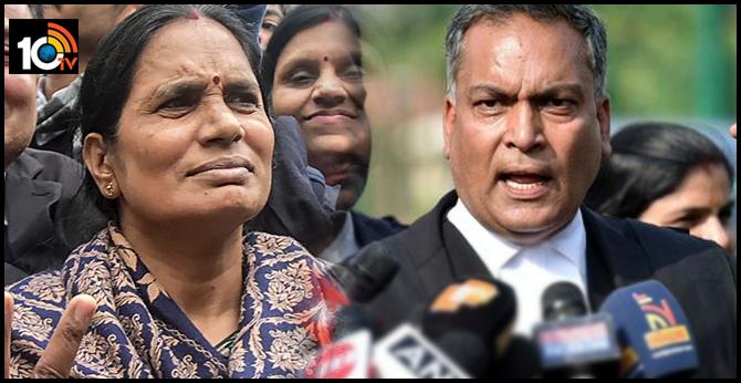 Nirbhaya Case her mother Asha Devi should be punished Lawyer AP Singh