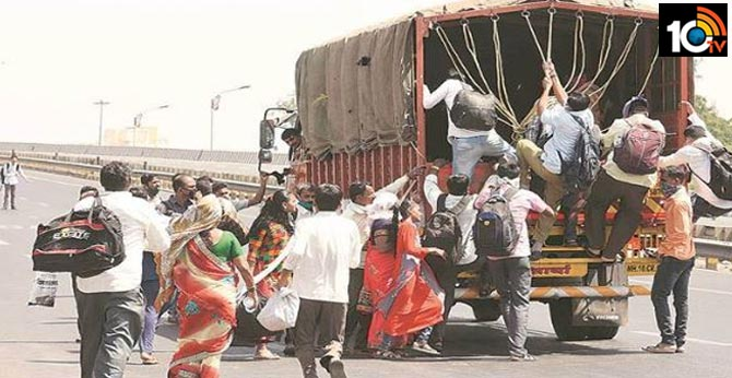 Panic will destroy more lives than virus': SC tells Centre to counsel migrants