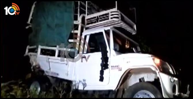 A serious road accident on the Outer Ring Road in Rangareddy district, six people dead