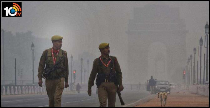 Dip in Delhi's air quality; IMD predicts strong surface winds