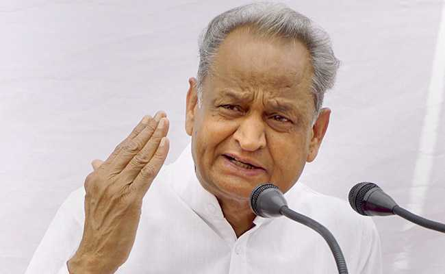 Rajastan-CM Ashok Gehlot Urges Amit Shah to Facilitate Return of Migrants Stuck in Other States