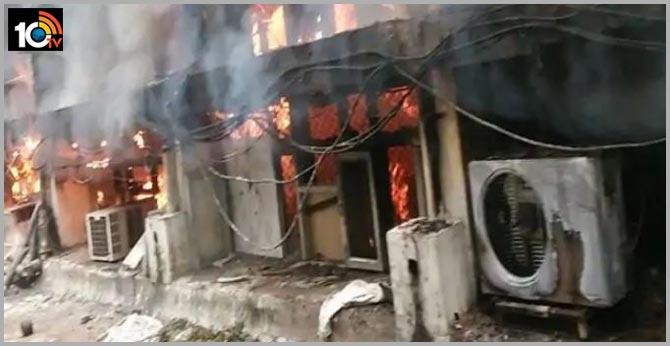 Madhya pradesh major fire breaks out at shop in gwalior seven dead