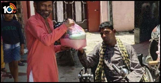 punjab pathankot begger raju Humanity 100 Poor families rations,3thousand masks distribution at  lockdown coronavirus,