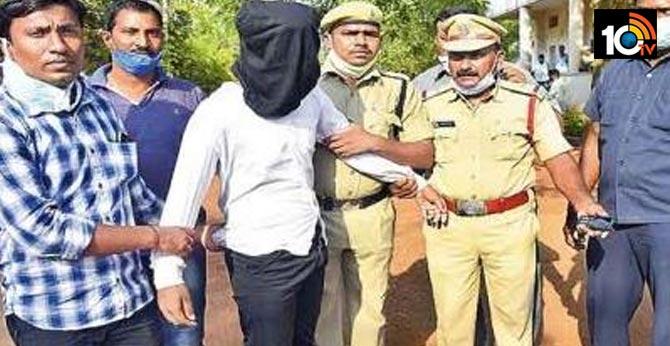 warangal well dead bodies case, illegal affair makes him to murder 10 members
