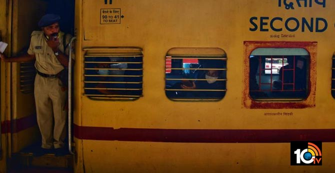 80 deaths on board Shramik trains, Railways ascertaining reasons