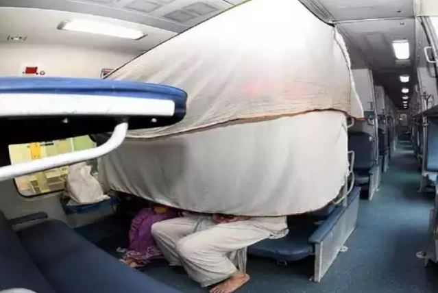 rail passangers take Precautions in Train Travel