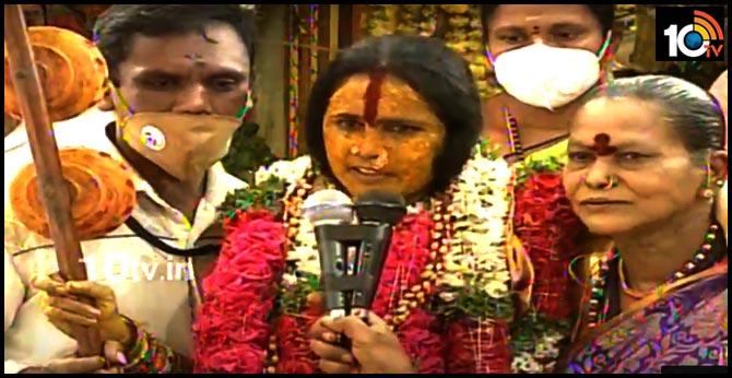 భవిష్యవాణి : కరోనా వైరస్..చాలా జాగ్రత్తగా ఉండాలని హెచ్చరించిన స్వర్ణలత