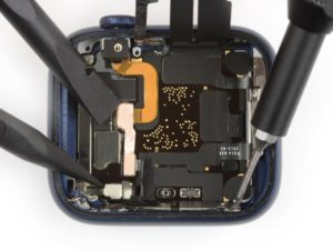 iFixit's Apple Watch Series 6 teardown discovers larger capacity batteries