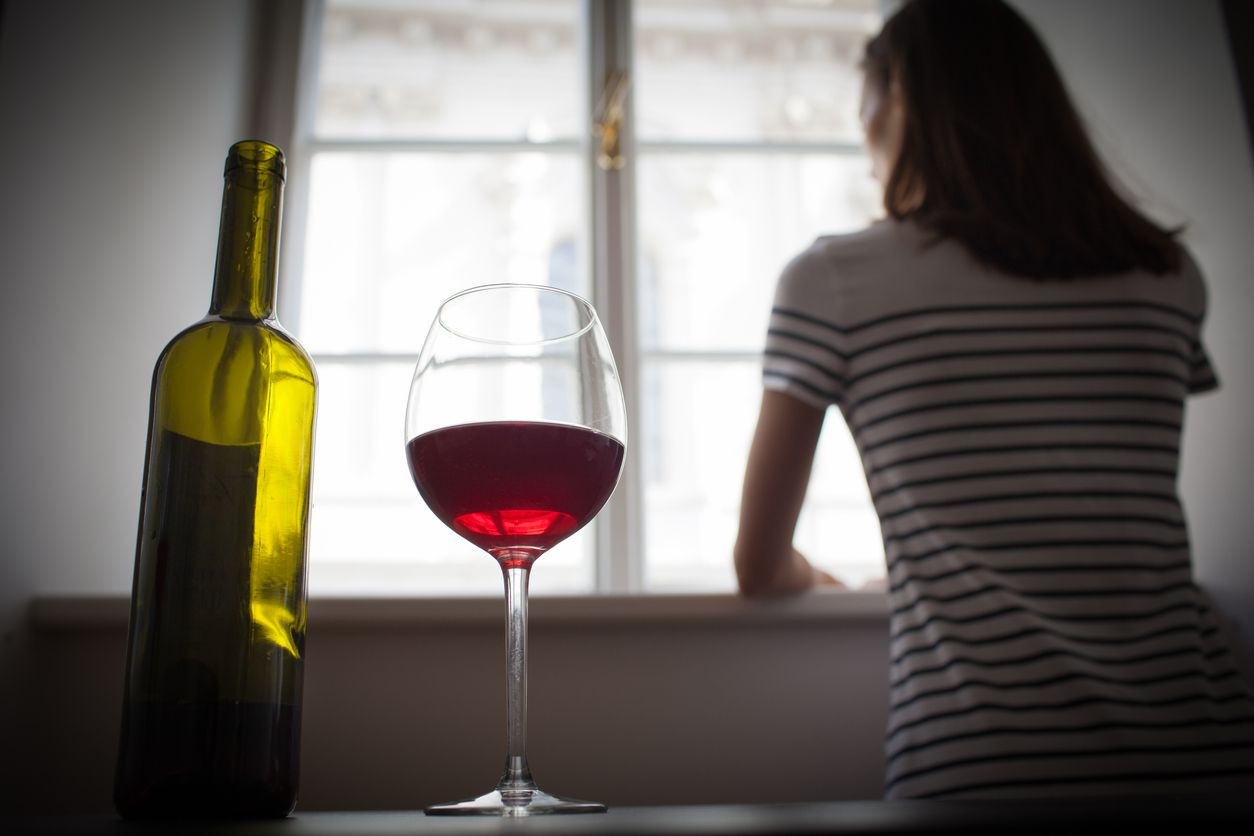 pandemic stress women alcohol: To cope with pandemic stress, many women turned to alcohol, continuing a worrying trend