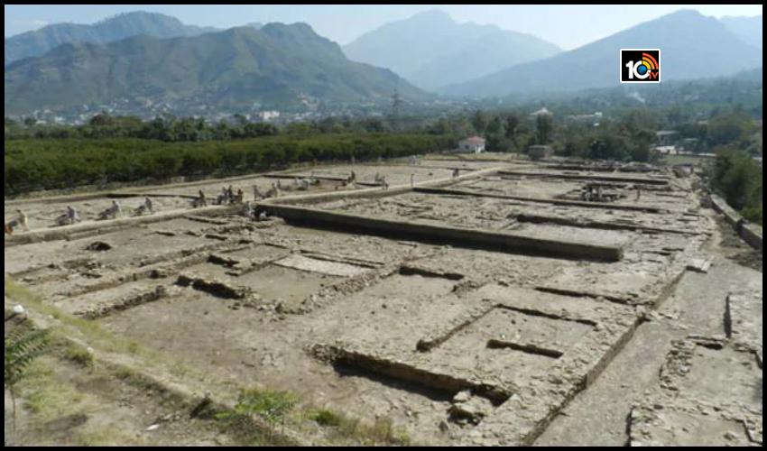 పాకిస్తాన్లో బయటపడిన 1,300 ఏళ్ల నాటి విష్ణు దేవాలయం