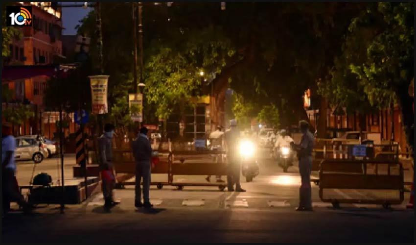 పెరుగుతున్న కరోనా కేసులు…అహ్మదాబాద్ లో నైట్ కర్ఫ్యూ