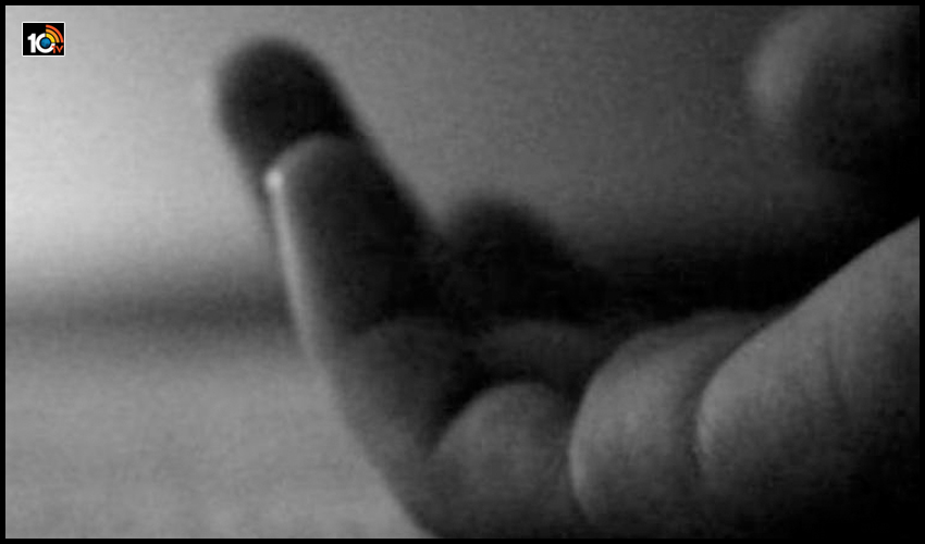 శ్రీ కృష్ణుడి కలుసుకోవాలని…ఆరంతస్తులపై నుంచి దూకేసింది