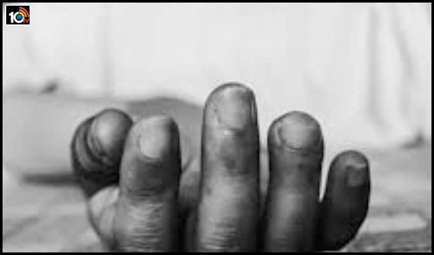 గుడి ప్రాంగణంలో 75ఏళ్ల పూజారి హత్య