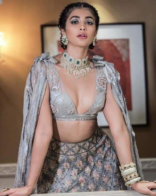 Pooja Hegde (9)