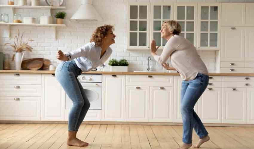 Dancing Improves Fitness : డ్యాన్స్ మంచిదే.. కొవ్వు తగ్గిస్తుంది, ఫిట్గా ఉంచుతుంది