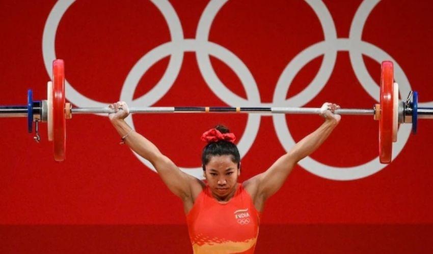 Tokyo Olympics 2020: ఒలింపిక్స్లో ఖాతా తెరిచిన భారత్.. మీరాబాయి చానుకు రజత పతకం