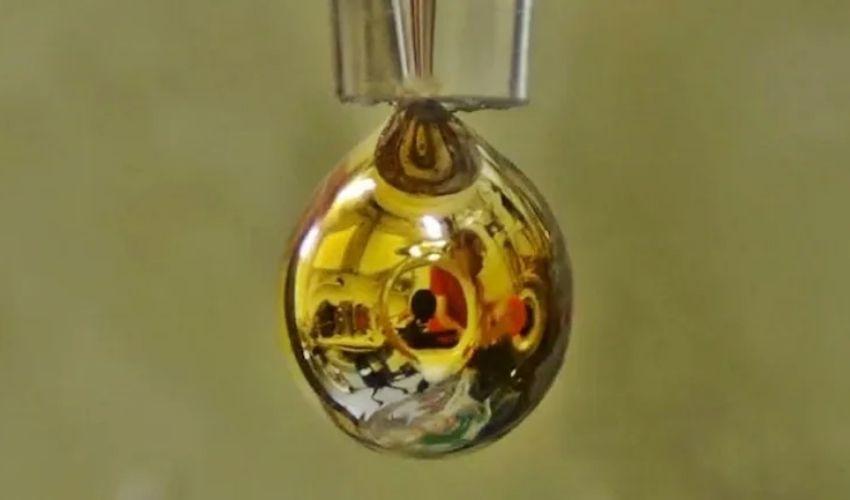 Water gold : నీటిని బంగారంగా మార్చిన సైంటిస్టులు