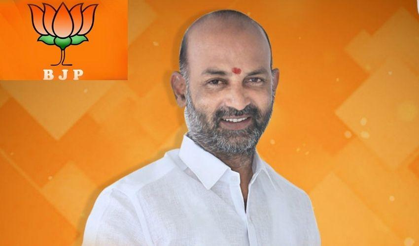 Bandi Sanjay : పాతబస్తీకి మెట్రో రైలు రప్పిస్తాం.. హిందూ-ముస్లిమ్స్ కు ఉద్యోగాలిప్పిస్తాం