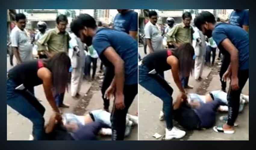Girls Fight : బాబోయ్.. బాయ్ఫ్రెండ్ కోసం.. నడిరోడ్డుపై ఇద్దరమ్మాయిలు..