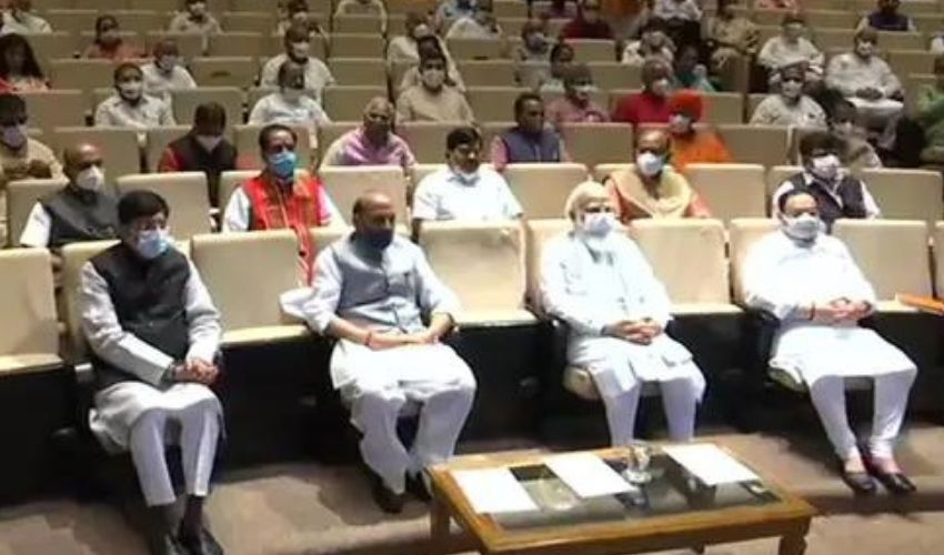 Parliament Insulted : పార్లమెంట్ ని అవమానించారు..విపక్షాలపై మోదీ ఫైర్