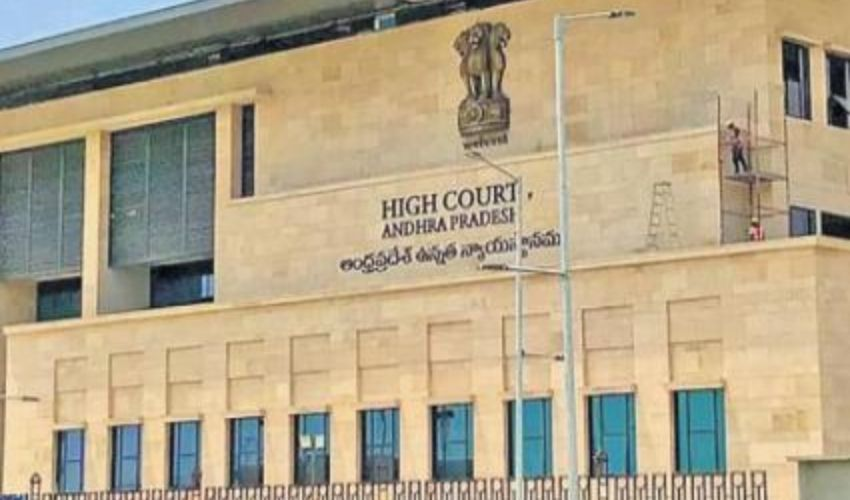 High Court: కరోనా వ్యాప్తిపై హైకోర్టులో విచారణ.. ప్రభుత్వానికి సూచనలు