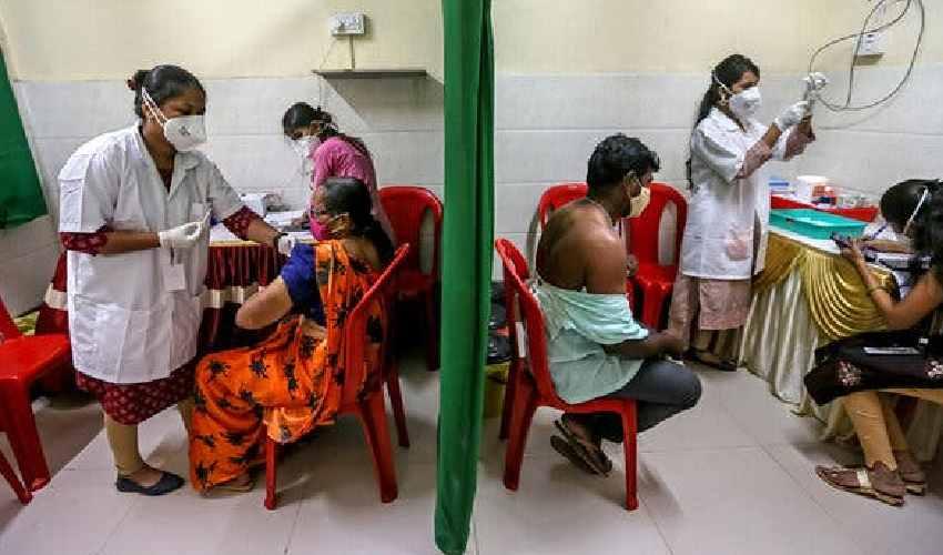 Covid-19 Fake Vaccines : నకిలీ వ్యాక్సిన్లపై రాష్ట్రాలకు కేంద్రం హెచ్చరిక.. ఎలా గుర్తించాలో వివరణ
