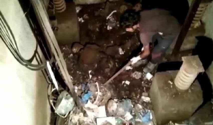Skeleton Found In Hospital Lift : 24 ఏళ్ల తర్వాత తెరిచిన లిఫ్ట్…… అందులో బయటపడిన…….!