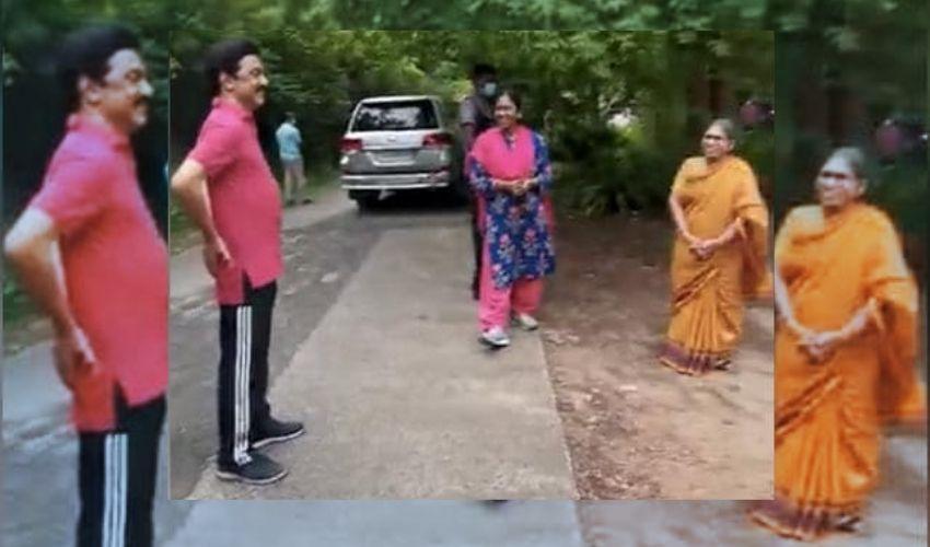 CM Morning Walk: మార్నింగ్ వాక్లో సీఎం.. ఫిట్నెస్ రహస్యాన్ని అడిగిన మహిళ