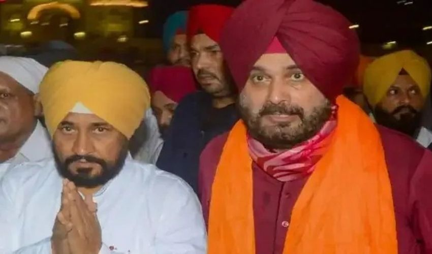 Punjab Politics : సీఎం చన్నీతో ముగిసిన సిద్ధూ భేటీ..రాజీనామాపై వెనక్కి!