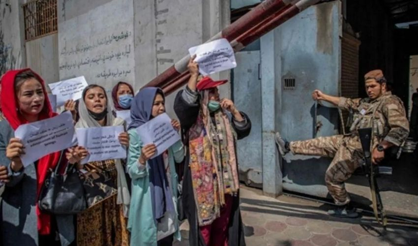 https://10tv.in/international/afghan-women-stage-protest-in-kabul-against-taliban-policies-278417.html