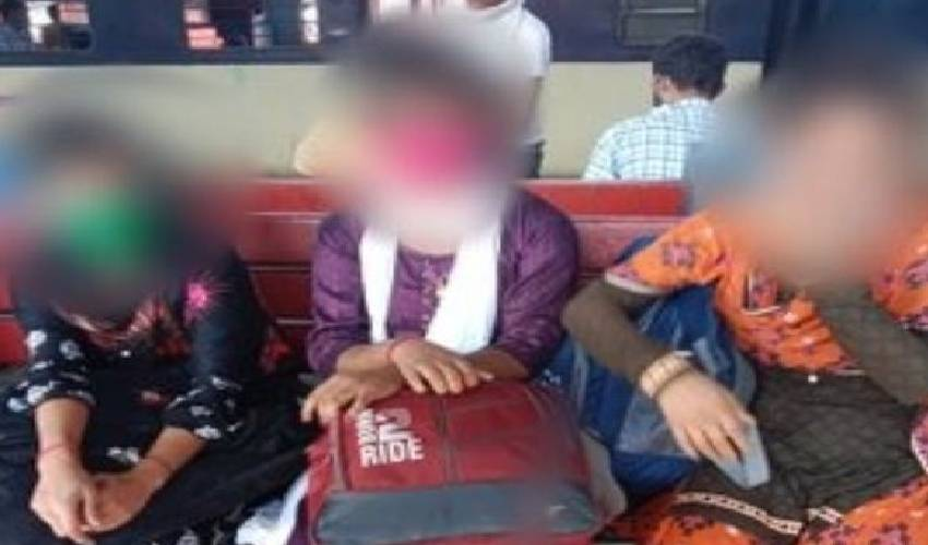 https://10tv.in/crime/five-girls-including-two-minors-rescued-from-new-delhi-railway-station-296689.html