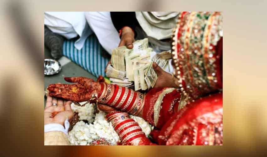 https://10tv.in/national/no-dowry-affidavit-sought-from-up-govt-servants-293730.html