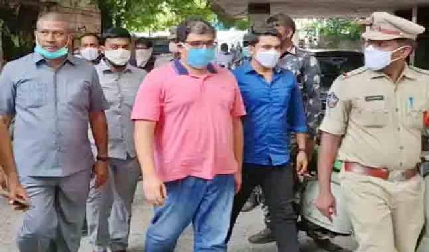 https://10tv.in/crime/tdp-leader-pattabhiram-shifted-to-rajamahendravaram-central-jail-296293.html