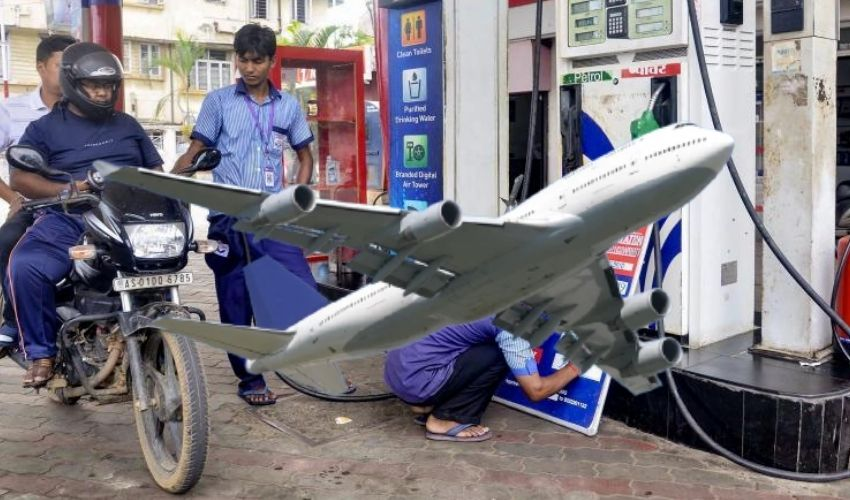 https://10tv.in/national/aviation-fuel-now-costs-less-than-one-third-of-petrol-price-293787.html