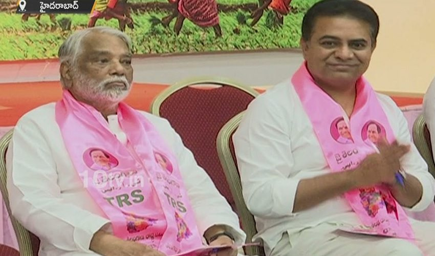https://10tv.in/videos/trs-chief-kcr-meeting-on-party-presidential-elections-293660.html