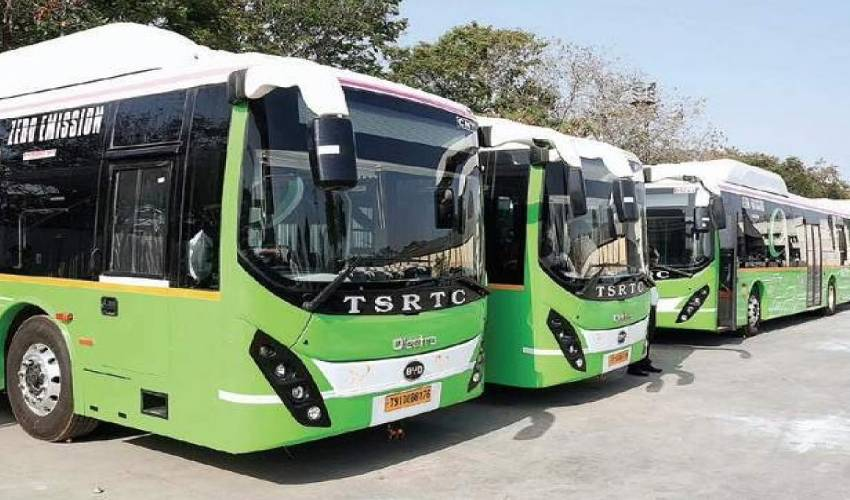 https://10tv.in/telangana/tsrtc-which-has-embraced-the-new-system-now-has-a-bus-facility-for-weddings-298070.html