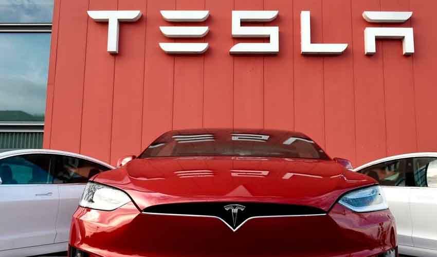 Tesla : కొత్త దాని జోలికెళ్లొద్దు.. వాహనదారులకు టెస్లా విన్నపం