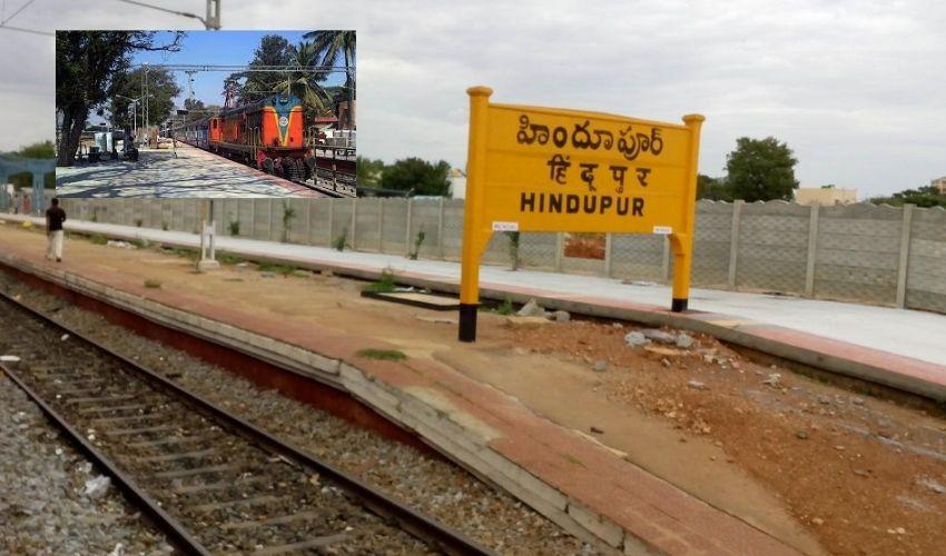 https://10tv.in/andhra-pradesh/labour-passengers-stop-the-kachiguda-express-train-at-hindupuram-railway-station-297673.html