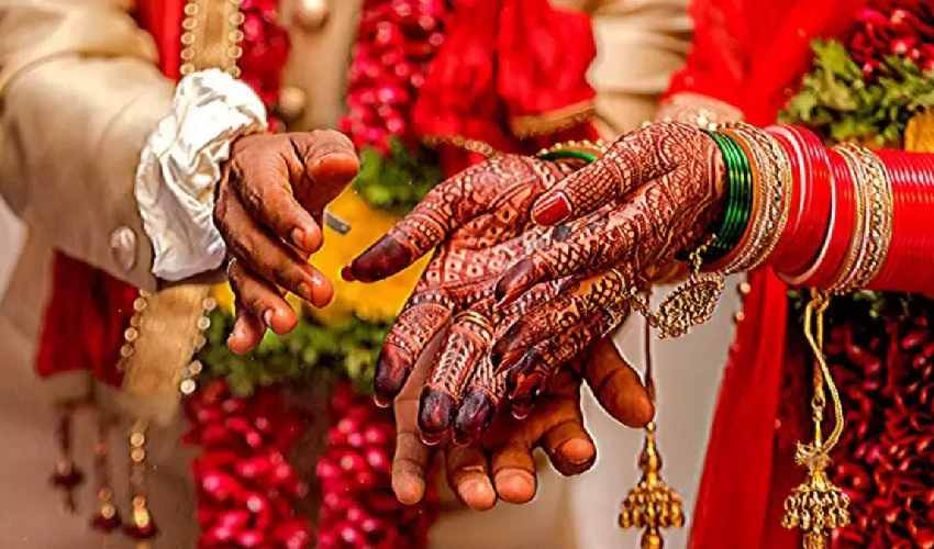 https://10tv.in/crime/up-bareilly-bride-becomes-pregnant-after-10-days-of-her-marriage-285020.html