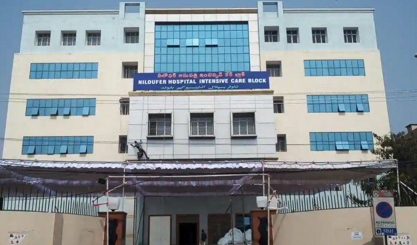 https://10tv.in/telangana/man-commits-suicide-attempt-by-jumping-from-niloufer-hospital-building-298640.html