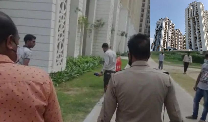 https://10tv.in/national/twins-fall-to-death-from-25th-floor-in-ups-ghaziabad-in-midnight-horror-293497.html